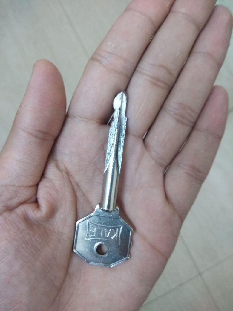The Locksmith Dubai | Lock Repairing | K